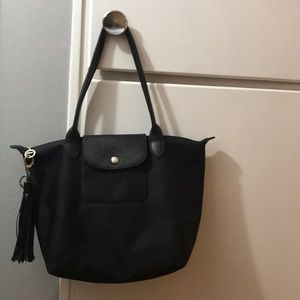 Beautiful all black LONGCHAMP MODELE DÉPOSÉ